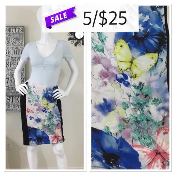 4ac5467444 Forever 21 Dresses & Skirts - Forever 21 Butterfly Pencil Skirt Large